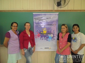 alunos de pedagogia do uninter participaram do sabado cidadao