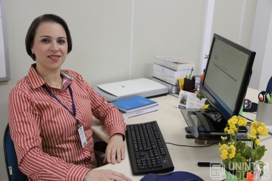 professora do uninter participa de materia na gazeta do povo