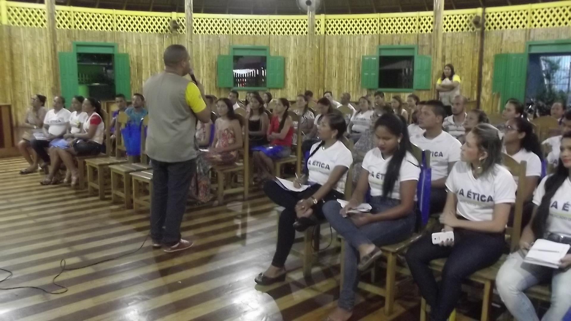 Palestra apresentada aos alunos da cidade ribeirinha