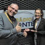 A dinâmica do rádio ajuda a entender as transformações que movem o país